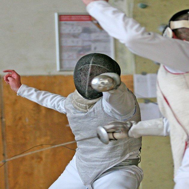Do Edenu na šerm. V hale Slavie ve vršovickém Edenu vrcholí o víkendu juniorské mistrovství Evropy šermířů.