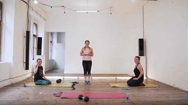 Cvičení na posílení středu těla