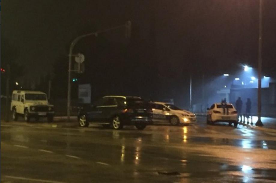Útok na ambasádu v Černé Hoře.