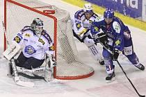 Hokejisté Plzně v klíčovém zápase 49. kola extraligy zostudili Kladno.