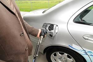 Automobil s pohonem na vodík