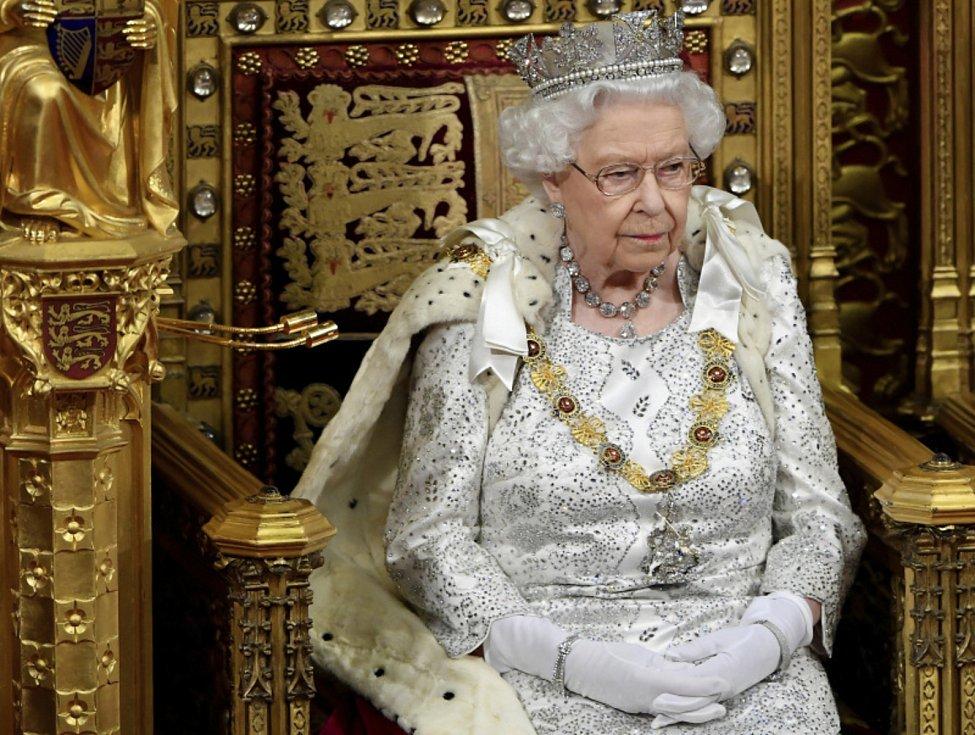 Britská královna Alžběta II na snímku ze 14. října 2019