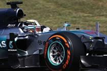 Lewis Hamilton během tréninku na Velkou cenu Španělska