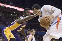 Julius Randle z LA Lakers a jeho obrana