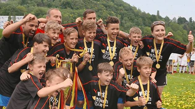 Tým ZŠ Klegová, vítěz 21. ročníku McDonald's Cupu.