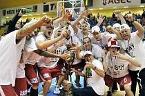 Čeští šampioni z Nymburku jsou kousek od účasti ve vysněné Evropské lize.
