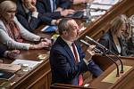 Jednání o důvěře vlády v Poslanecké sněmovně 16. ledna v Praze. Václav Klaus ml.