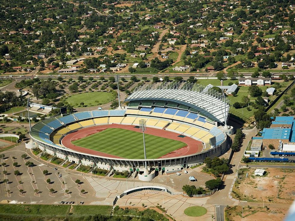 Royal Bafokeng Stadium - Rustenburg. Kapacita: 44 530.