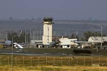 Turecko umožní začátkem října návštěvu německých poslanců z výboru pro obranu na své letecké základně Inçirlik.