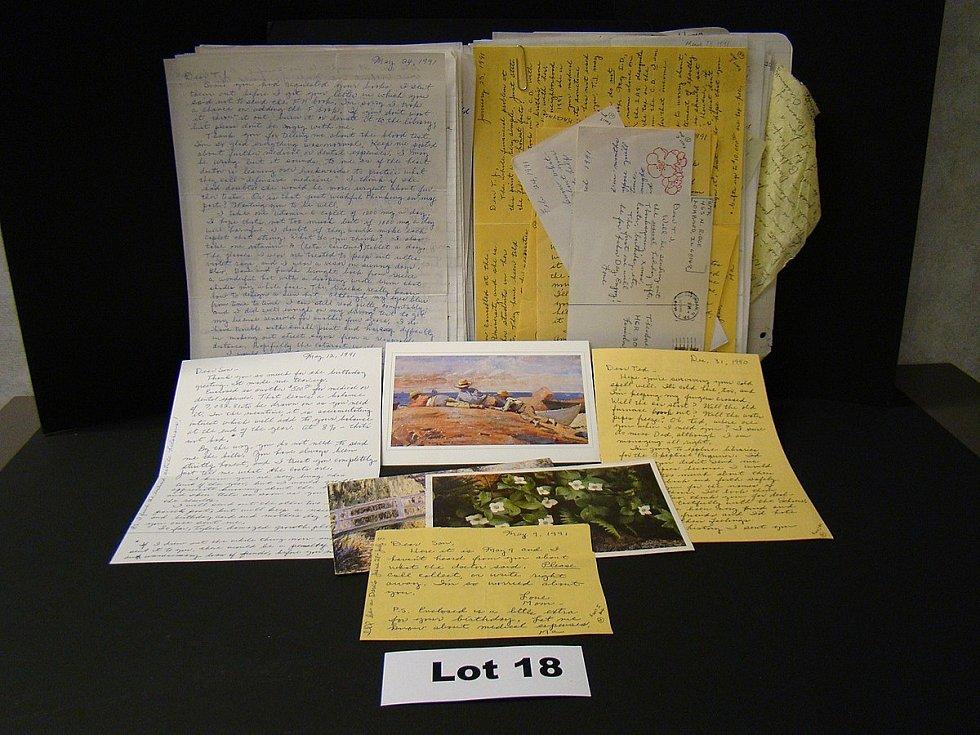 V chatě se našla i spousta jiných písemností