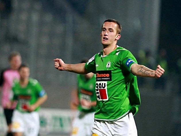 Útočník Jablonce Tomáš Pekhart se raduje z gólu.