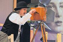 Mim Boris Hybner se vrátil v čase do éry, kdy světu vládly němé filmy.
