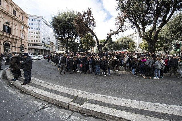 Itálii postihlo zemětřesení