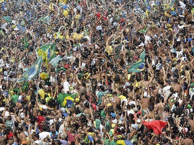 Brazilci slaví. Rio de Janeiro bude pořádat olympijské hry v roce 2016.