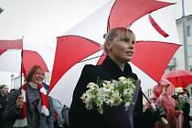 Demonstrace běloruských žen v Minsku za odstoupení prezidenta Alexandra Lukašenka, 24. října 2020.