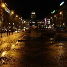 Václavské náměstí v noci