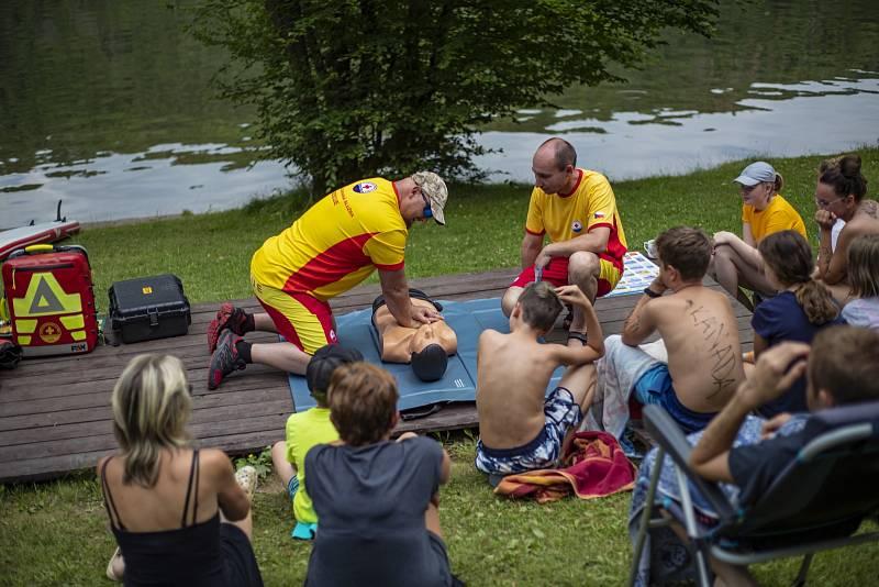 Vodní záchranáři na Slapech