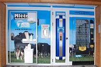 Automat na mléko. Ilustrační foto