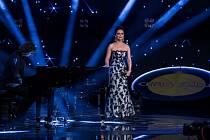 Nový zábavný pořad Chartshow představí divákům žebříček třiceti nejúspěšnějších českých a slovenských hitů.