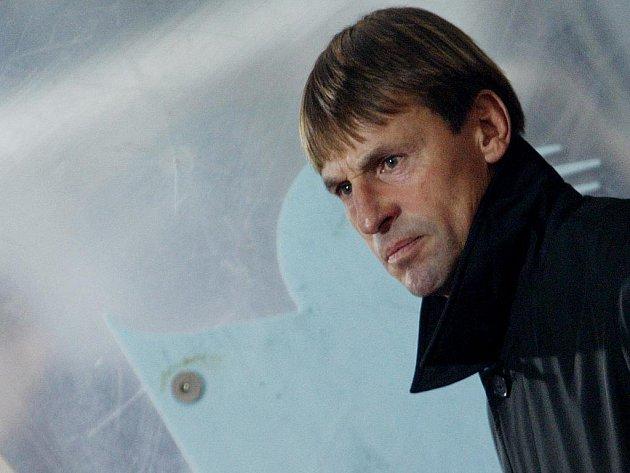 Trenér Slavie František Straka.