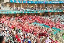 Čeští fanoušci na čtvrtfinále Eura v Baku.