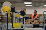 Distribuční centrum Amazonu v německém Grabenu.