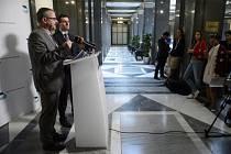 Ministr dopravy Dan Ťok (vlevo) a mluvčí ministerstva Tomáš Neřold.