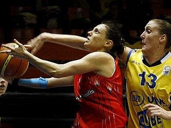 Basketbalistky USK proti Madridu překvapivě ztratily body.