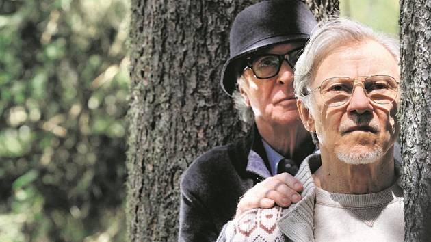 FRED A MICK. Krásy života je možné objevovat neustále, tvrdí Michael Caine a Harvey Keitel.