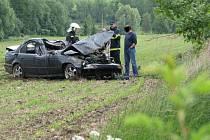Další černý pátek na našich silnicích. A to není ani třináctého. Stačilo, že na některých místech republiky hustě pršelo a policie nevěděla, kam dřív skočit. Autohavárie si vyžádaly čtyři lidské životy.