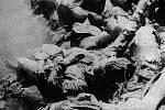 Oběti masového vraždění na břehu řeky Sáva