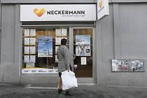 O budoucnosti české cestovní kanceláře Neckermann (na snímku z 25. září 2019 je prodejní místo v Praze), pobočce zkrachovalé britské CK Thomas Cook, se v současnosti vyjednává