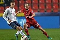 Filip Novák (vpravo) proti Norsku.