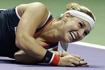 Dominika Cibulková se raduje z postupu do finále Turnaje mistryň.
