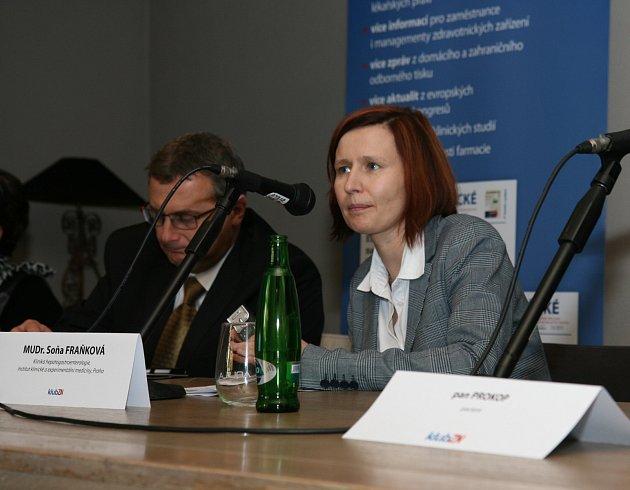 MUDr. Soňa Fraňková se léčbě hepatitidy věnuje v Institutu klinické a experimentální medicíny.