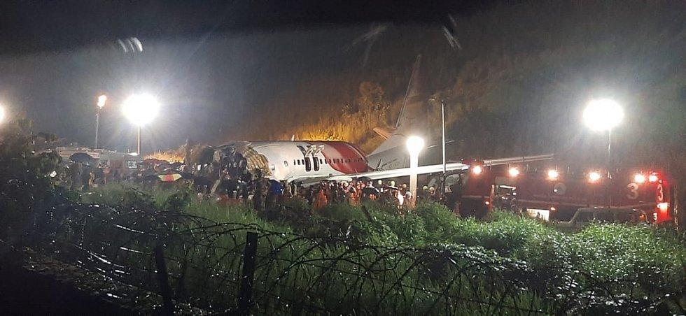 Havárie letadla na letišti v indickém Kóžikkótu