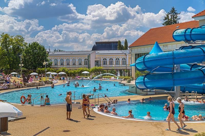Františkovy Lázně, aquapark u lázeňského domu SPA Resort Pawlik Aquaforum