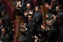 Volby do italského parlamentu
