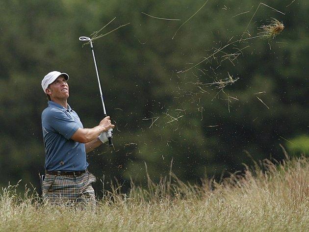 Ricky Barnes si udržel překvapivé vedení i po třetím kole US Open, i když se mu nedařilo tak jako v předchozích dnech.