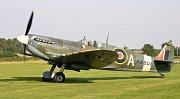 Letoun Spitfire AR501 před renovací: září 2005