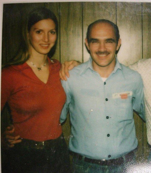 Pracovnice záchranky Valerie Scottová se svým parťákem Timothym Krajcirem. O druhé, temné tváří svého kolegy dlouho nic netušila
