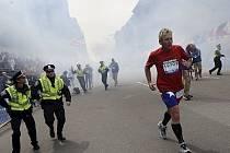 V cíli bostonského maratonu vybuchly nálože