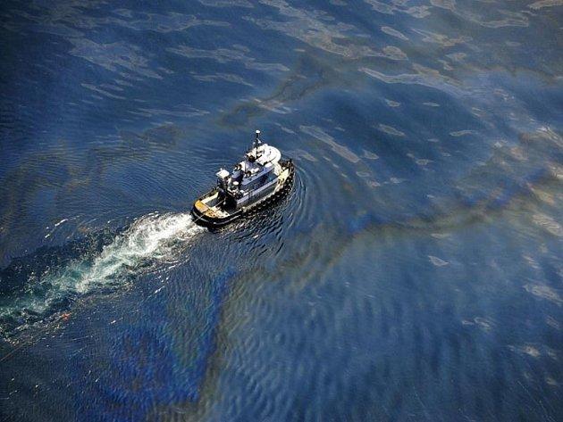Ropná skvrna v Mexickém zálivu.
