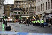 Únik plynu v centru Londýna