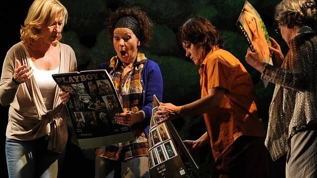 V inscenaci Východočeského divadla Pardubice Holky z kalendáře hraje jako host také Jana Paulová.