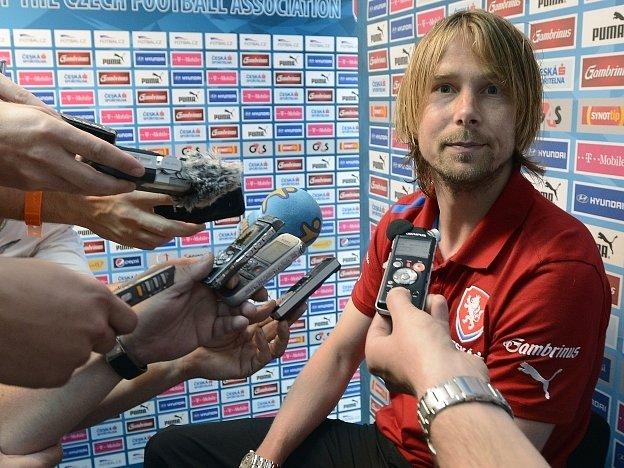 Jaroslav Plašil před novináři.