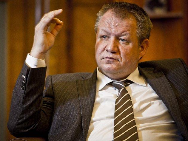Ministr zdravotnictví Svatopluk Němeček (ČSSD).