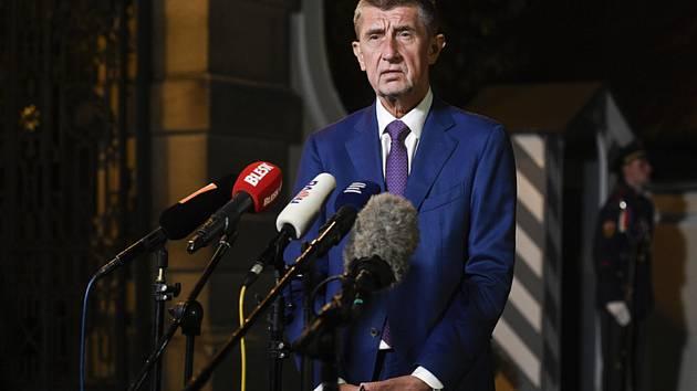 Premiér Andrej Babiš hovoří s novináři po setkání s prezidentem Milošem Zemanem.