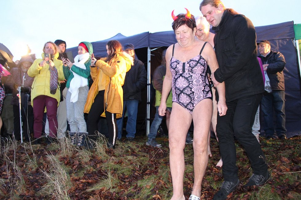 V roce 2019 se v Bruntále uskutečnil čtrnáctý ročník Krystalku, vánočního otužileckého plavání v Kobylím rybníce. Zapojilo se 18 plavců, z toho tři ženy.