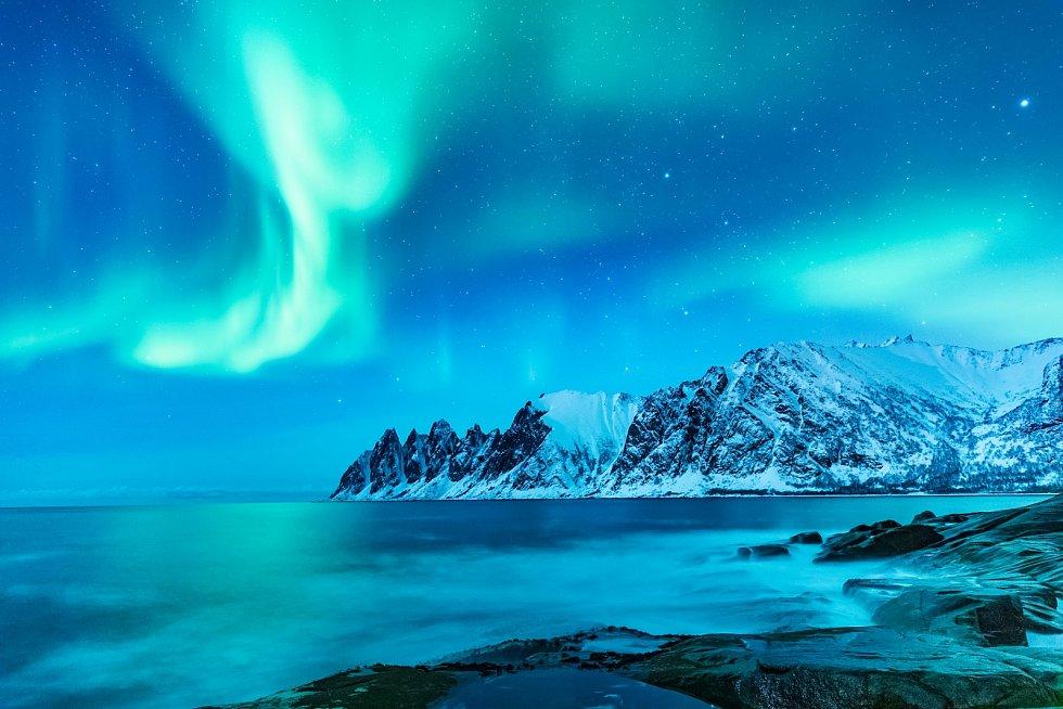 Polární záře nad Arktidou.